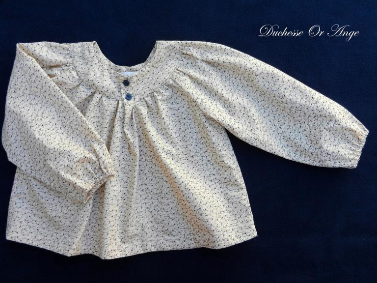 Long sleeves cream cotton blouse - 4 years old