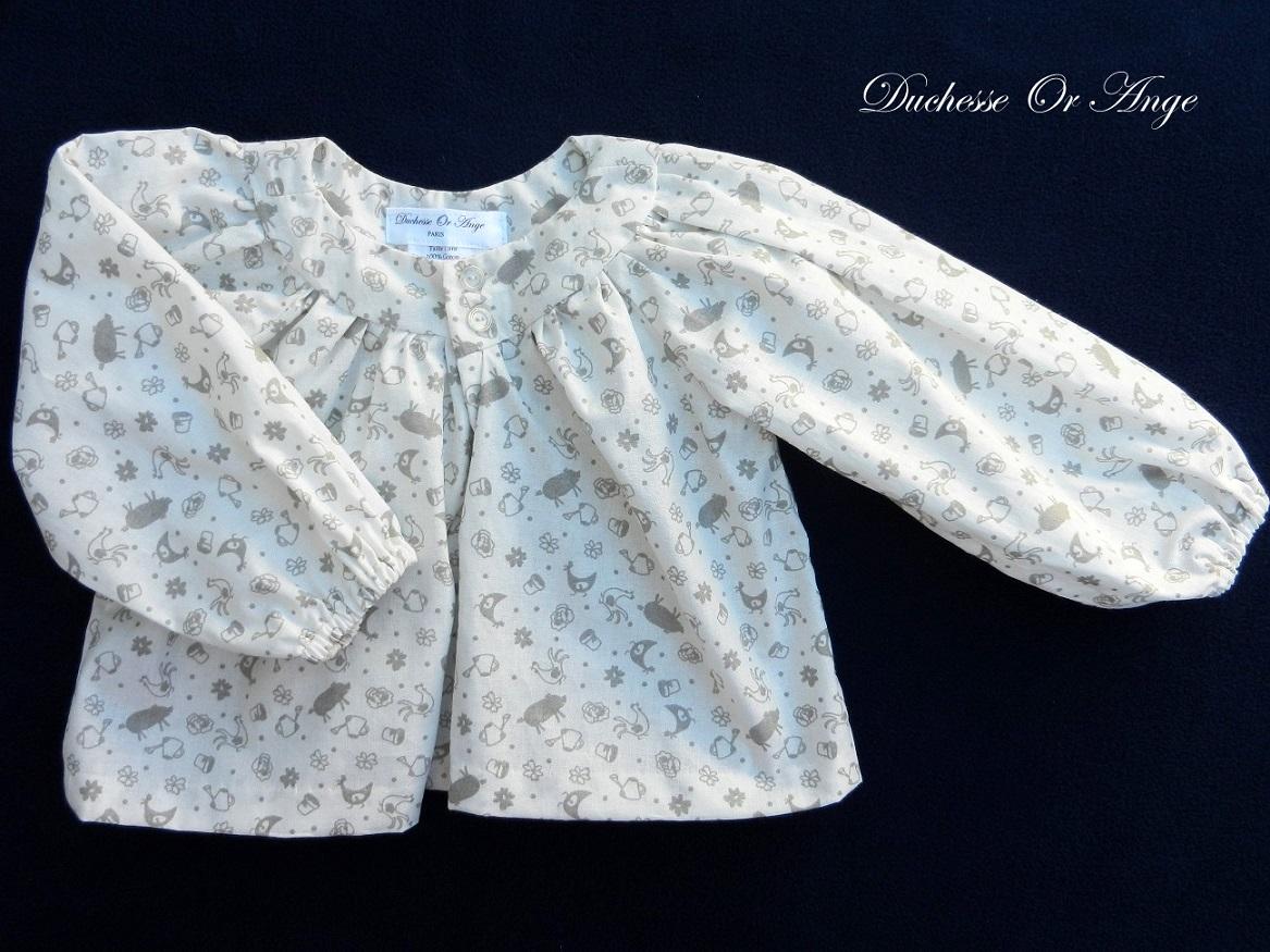 Doa 103 blouse enfant blanche et grise grey and white child blouse a