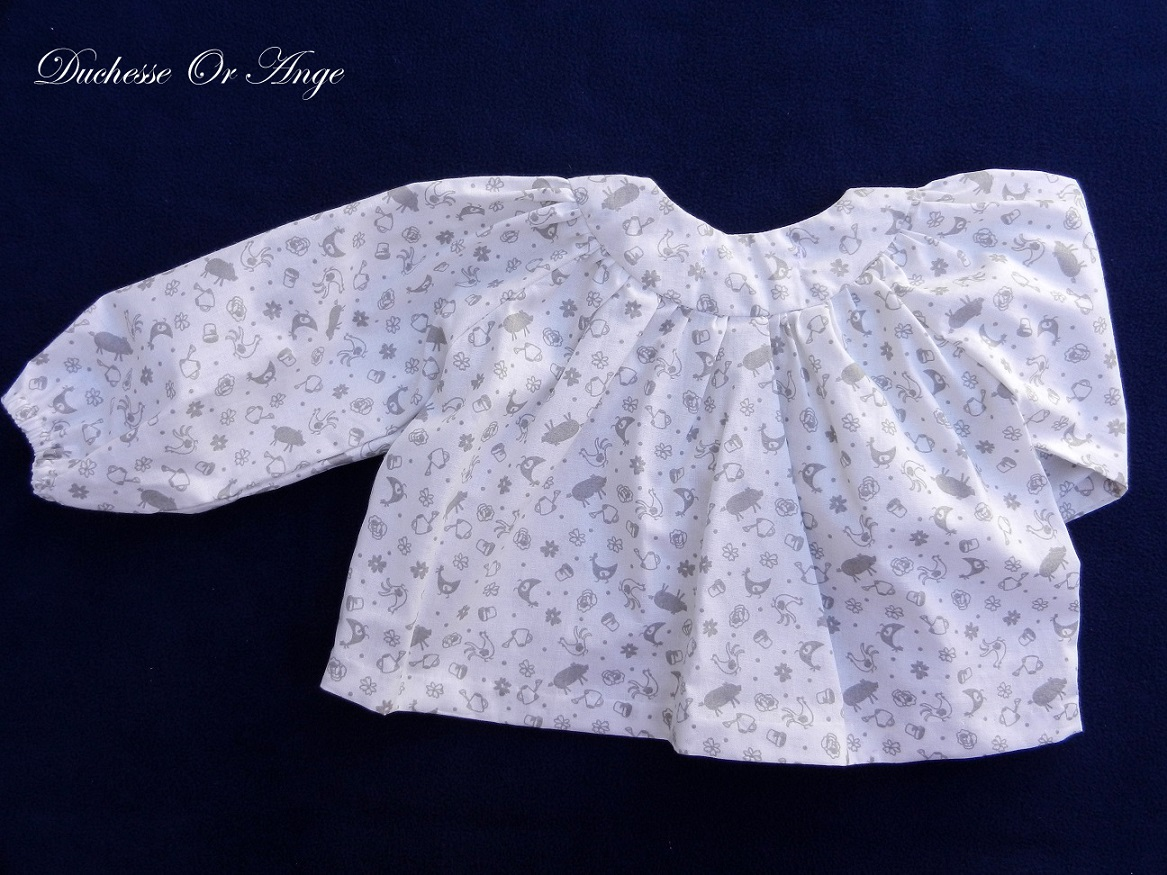 Doa 103 blouse enfant blanche et grise grey and white child blouse c