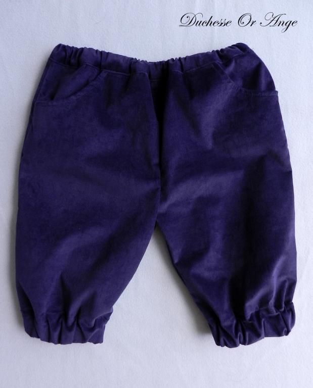 Pantacourt en velours violet foncé - 3 ans