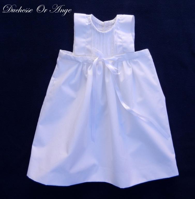 Robe de cérémonie ou de baptême blanche à plis nervures (g) - 6 mois