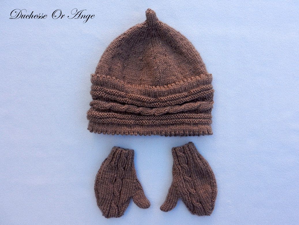 Doa 132 a bonnet et gants marrons bebe brown baby hat gloves
