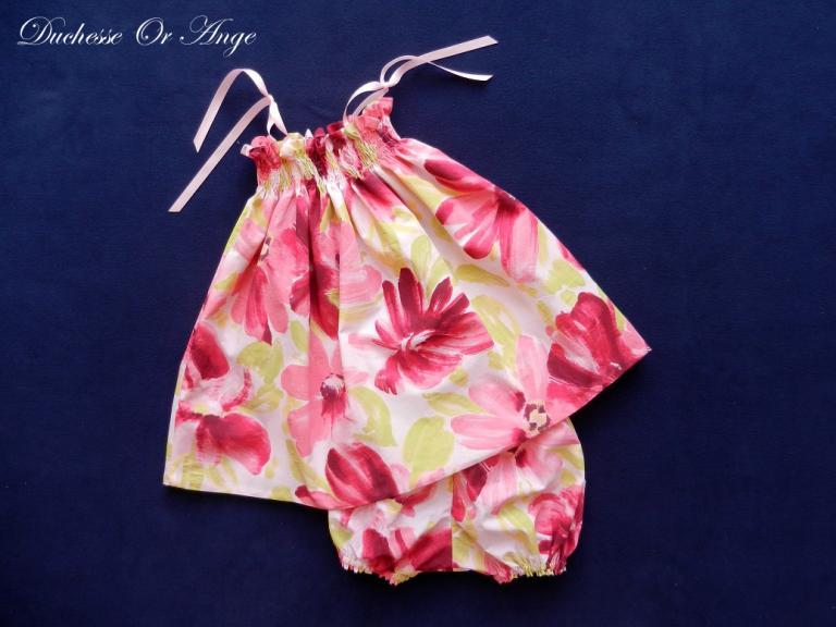 Ensemble à smocks en coton imprimé grosses fleurs roses - 12 mois