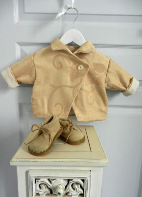 Golden damask coat - 6 months old