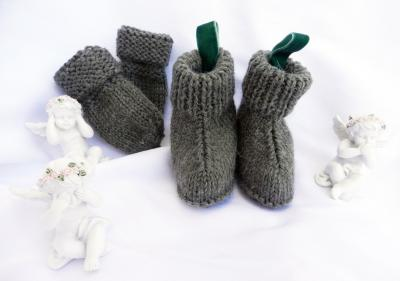 Olive green wool knit  booties and mittens - 6 months old