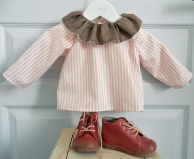 Chemise à rayures blanches et roses avec col plissé bordeaux - 6 mois