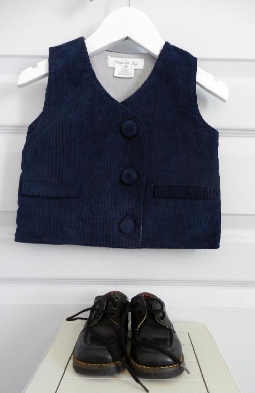 Dark blue velvet sleeveless vest - 2 years old