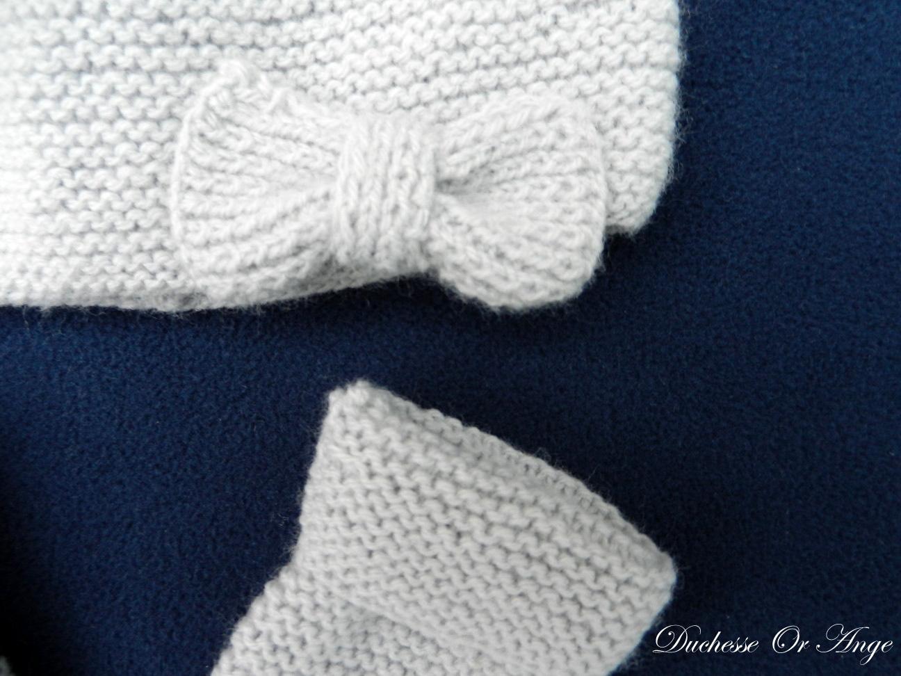 Doa 96 b bonnet et moufles gris perle