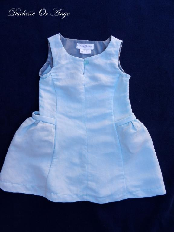Sky blue linen dress with gathered pockets - 3 years old