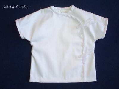 White satin cotton top with short sleeves - 3 months old