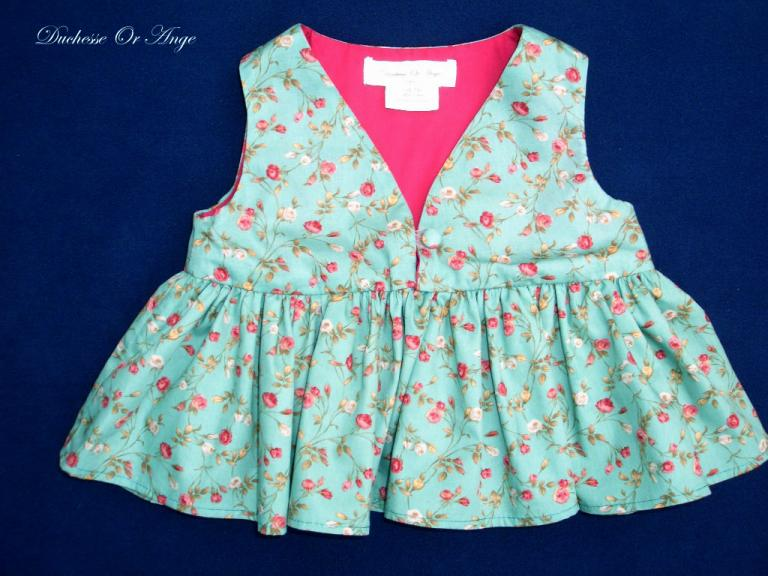 Green and small roses print cotton blouse  - 3 years old