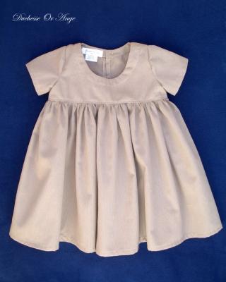 Robe en coton marron clair à manches courtes et froncée à la taille - 3 ans