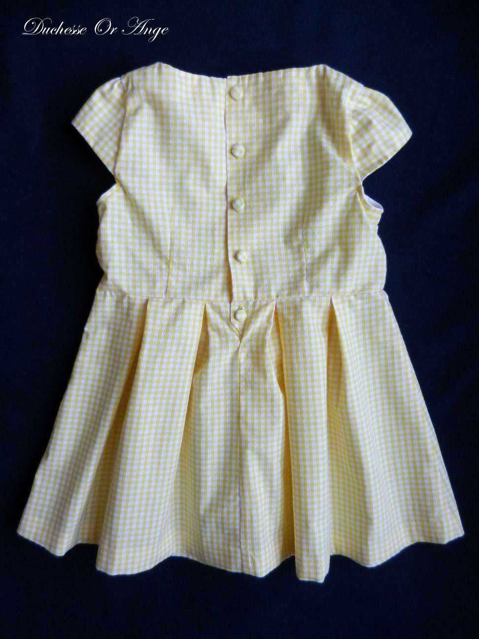 Doa Yellow and white gingham short sleeves dress- 4 years old