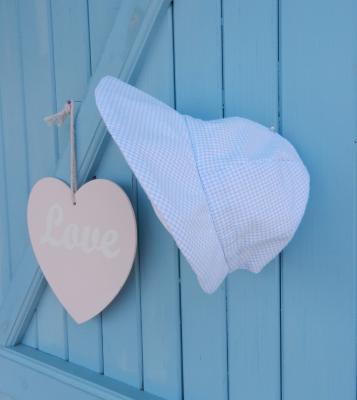 Chapeau casquette en coton à petits carreaux bleu et blanc - tour de tête entre 42 et 45 cm
