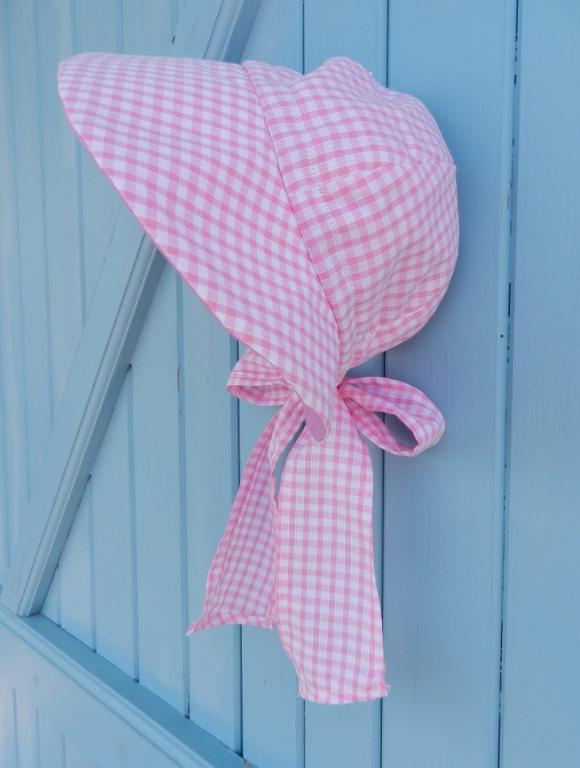 Pink and white gingham summer cap hat with bow at the back- head size between 47 and 50 cm