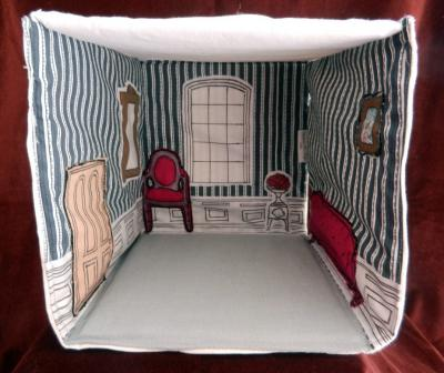 Foldable fabric dollhouse: Blue and raspberry sitting room