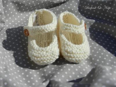 Chaussons bébé crème 1/3 mois