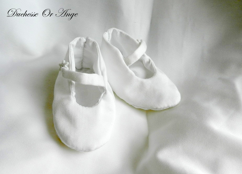 Doac 37 a chaussons bebe coton blanc white cotton baby booties