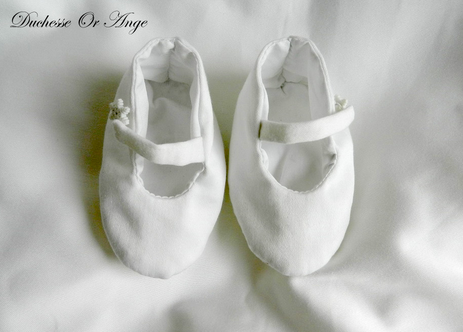 Doac 37 b chaussons bebe coton blanc white cotton baby booties