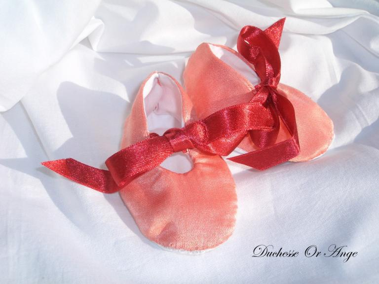 Baby shoes in salmon silk and cotton - 1/3 months