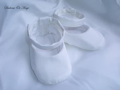 Baby shoes in white satin cotton - 1/3 months