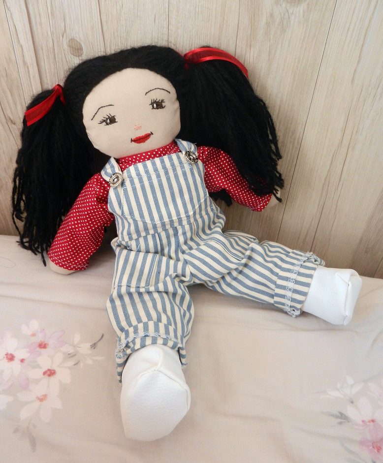 Doap 12 duchesse or ange poupee rose doll a