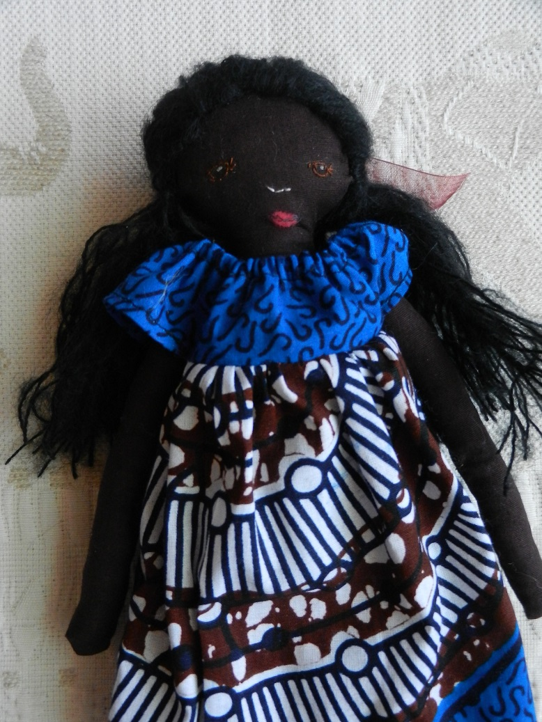 Doap 2 poupee africaine robe bleue b
