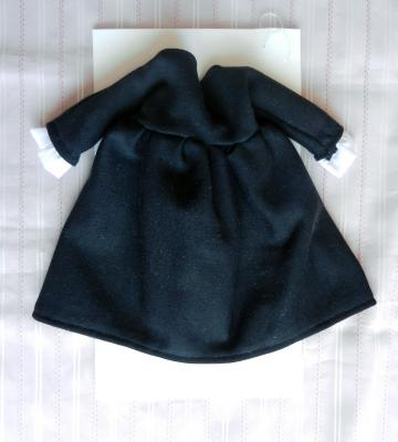 Doll outfit: 50s style black and white dress