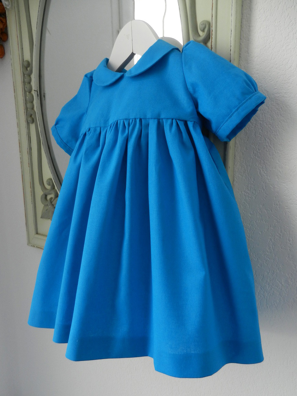 Duchesse or ange 190 robe bleue alice tablier blanc jupon blue dress white apron petticoat b