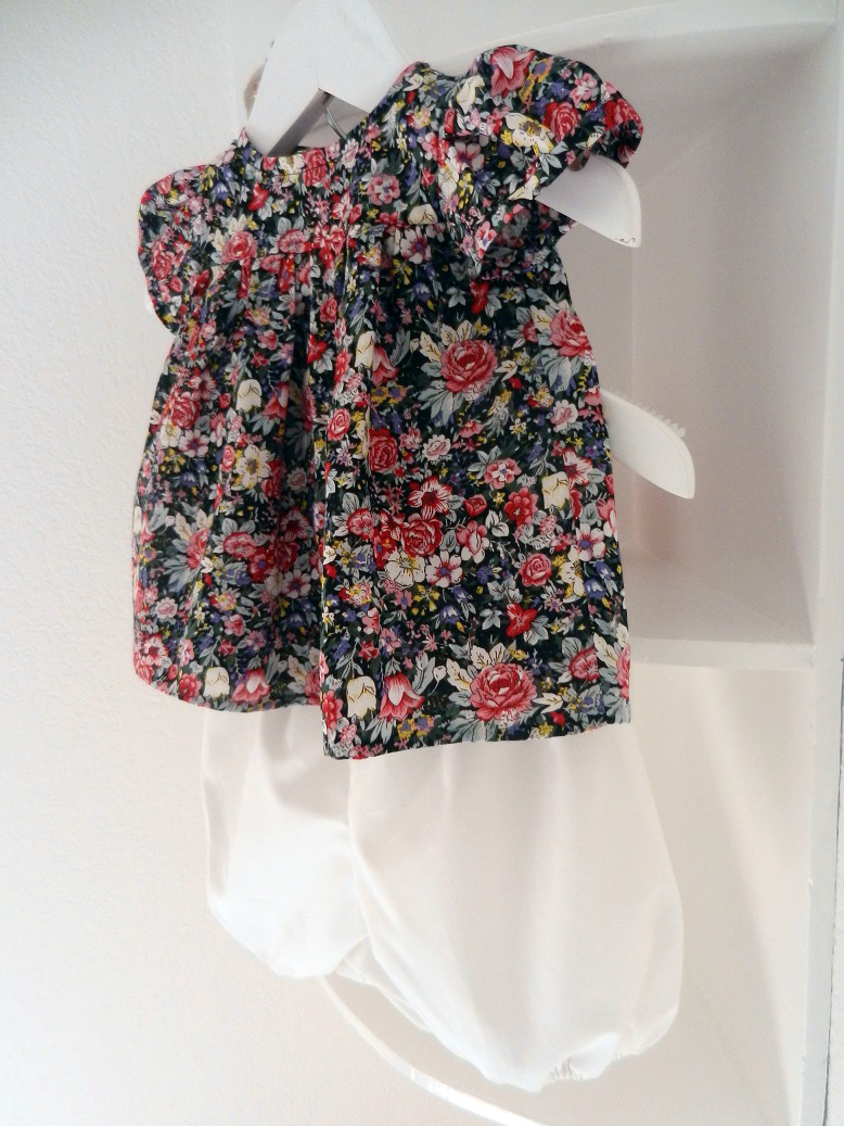 Duchesse or ange 247 b ensemble bebe top fleuri bloomer blanc 12 mois baby floral top and bloomer
