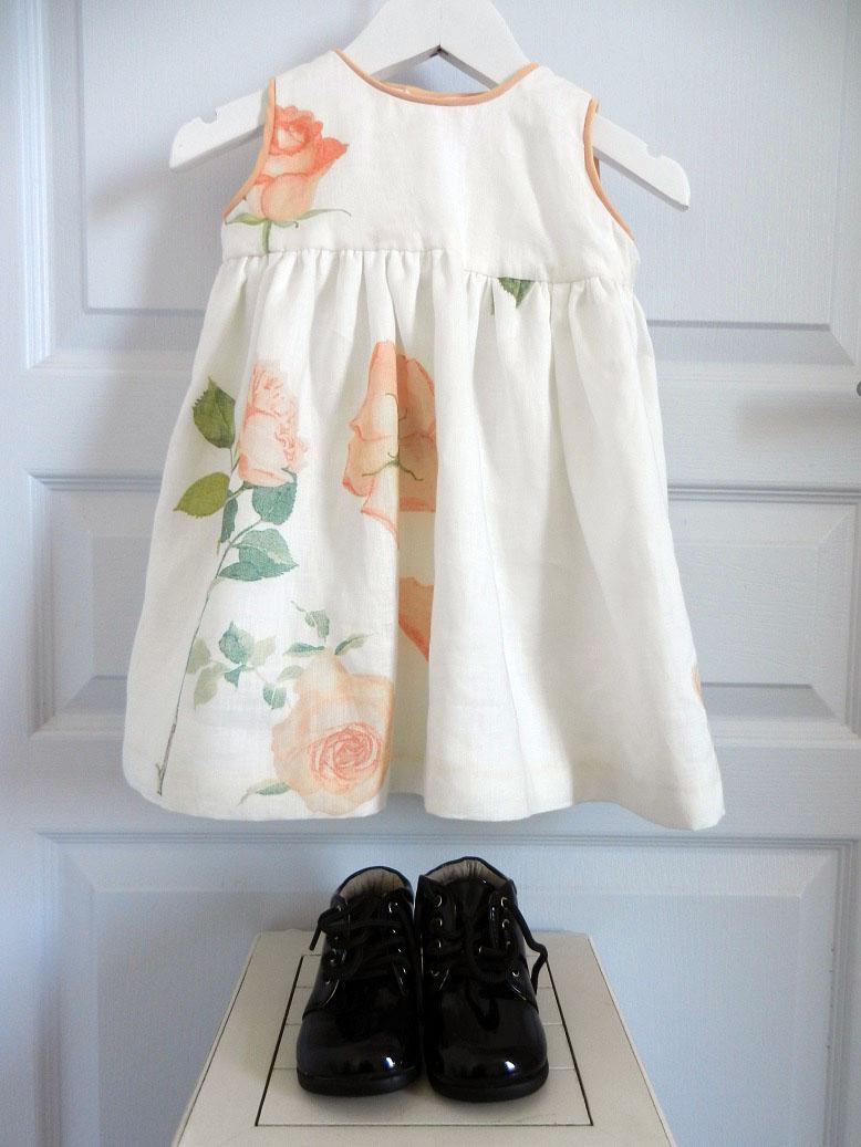 Duchesse or ange 251 a robe bebe voile de lin roses blanche orange baby dress linen white orange roses