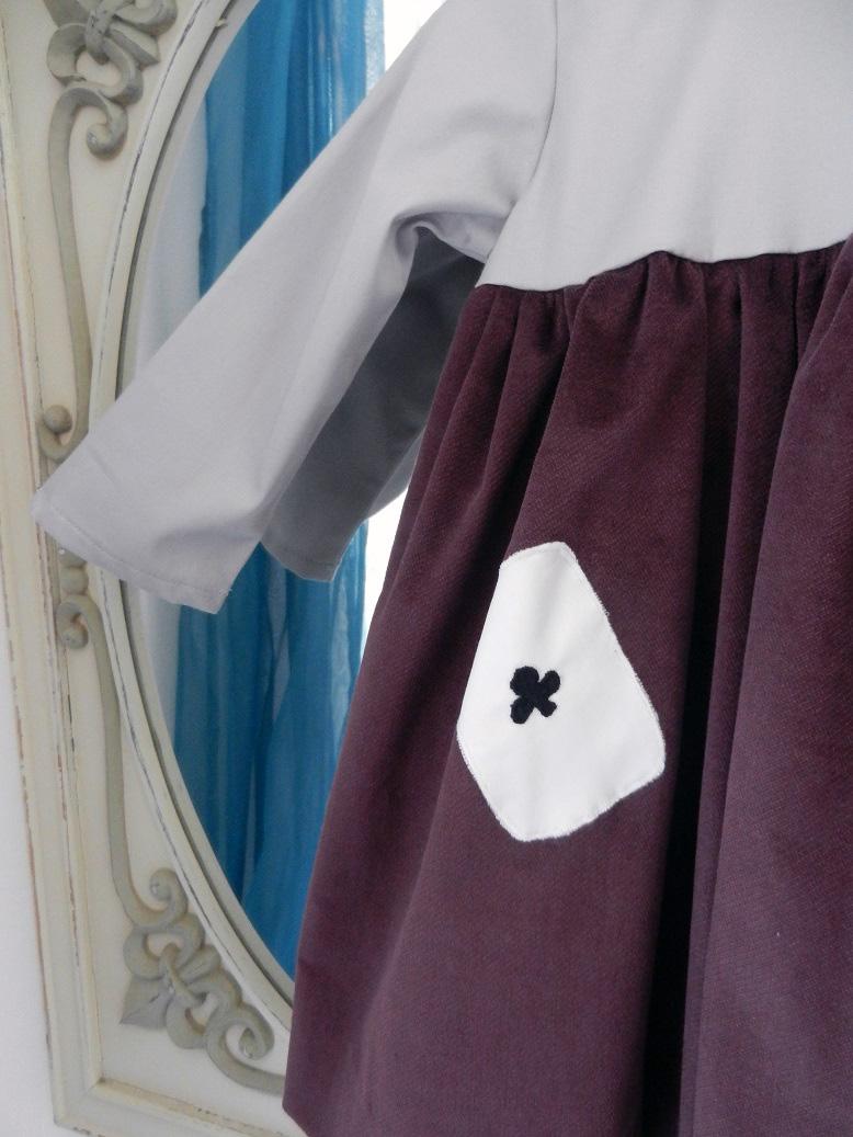 Duchesse or ange 253 c robe bebe velours grenat satin de coton gris cartes baby dress velvet purple grey