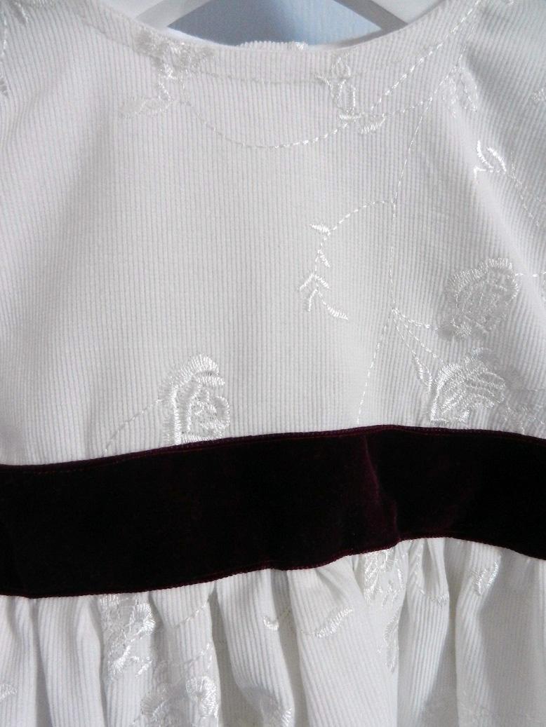 Duchesse or ange 257 d robe velours brode blanche ruban grenat bebe 2 ans dress white velvet white plum burgundy baby