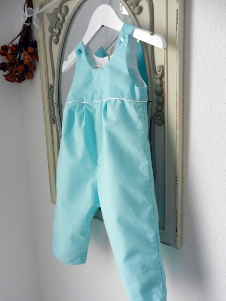 Duchesse or ange 266 salopette bleu turquoise passepoil blanc bebe turquoise blue baby overalls b