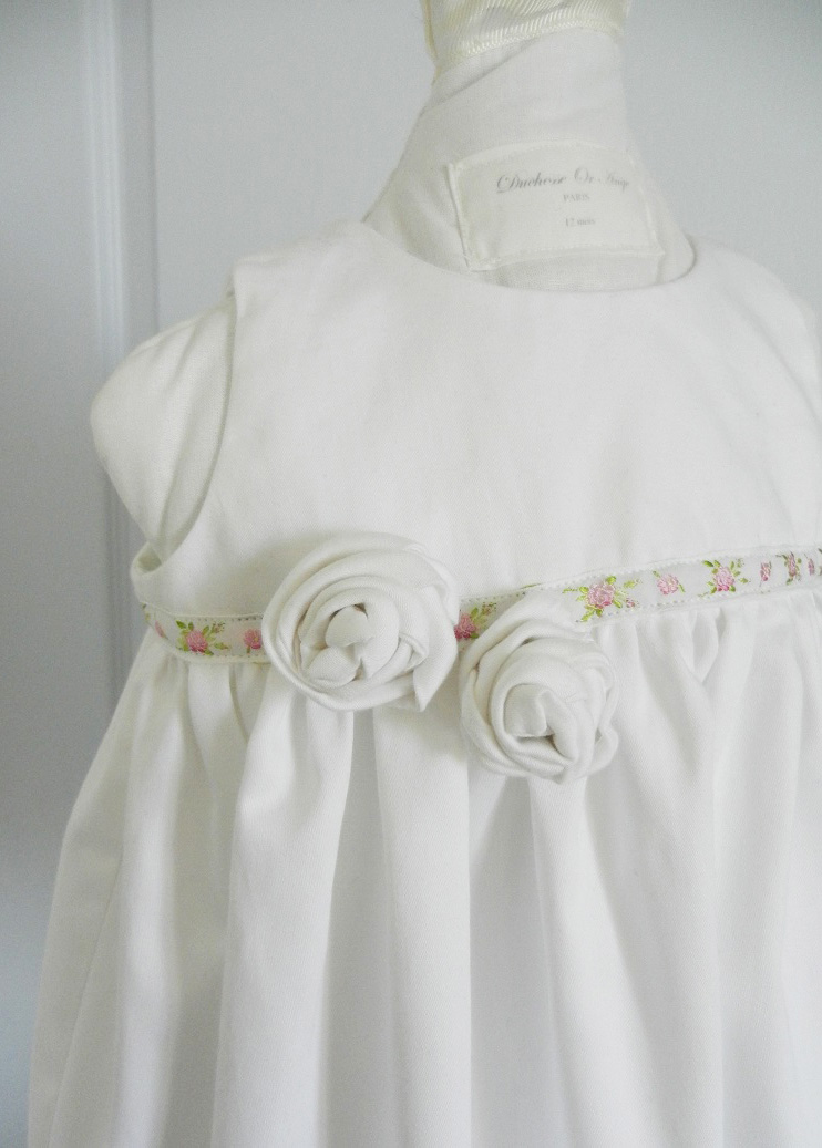 Duchesse or ange doa 274 robe bapteme roses blanches christening dress white roses b