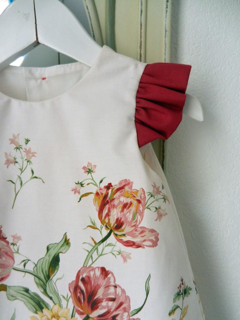Duchesse or ange doa 275 robe trapeze fleurs fronces rose fushia flower dress gathered sleeves c