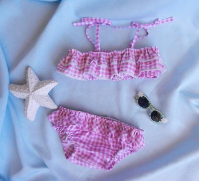Pink gingham two pieces girl's swimming suit