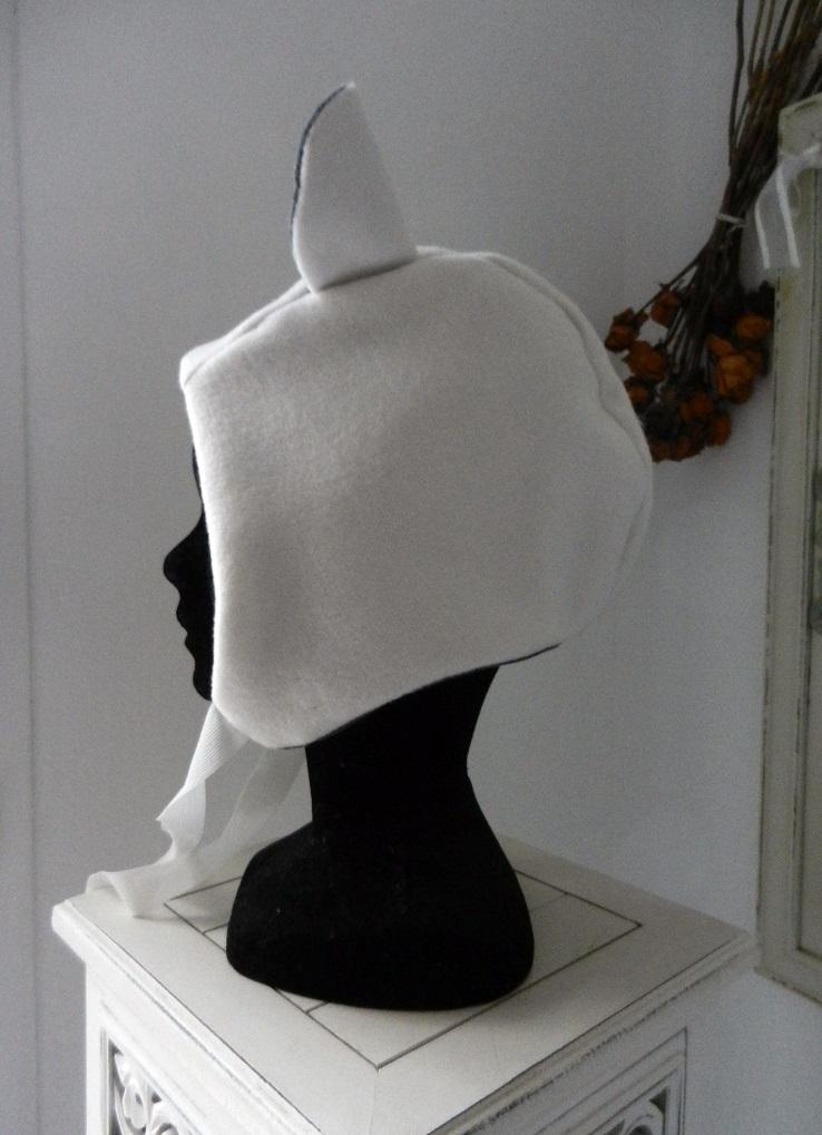 Duchesse or ange doa 295 capuche bonnet blanc oreilles velours gris white hat ears c