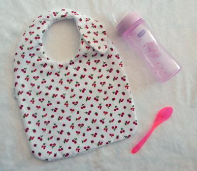 Leaf baby bib with red fruit print fabric