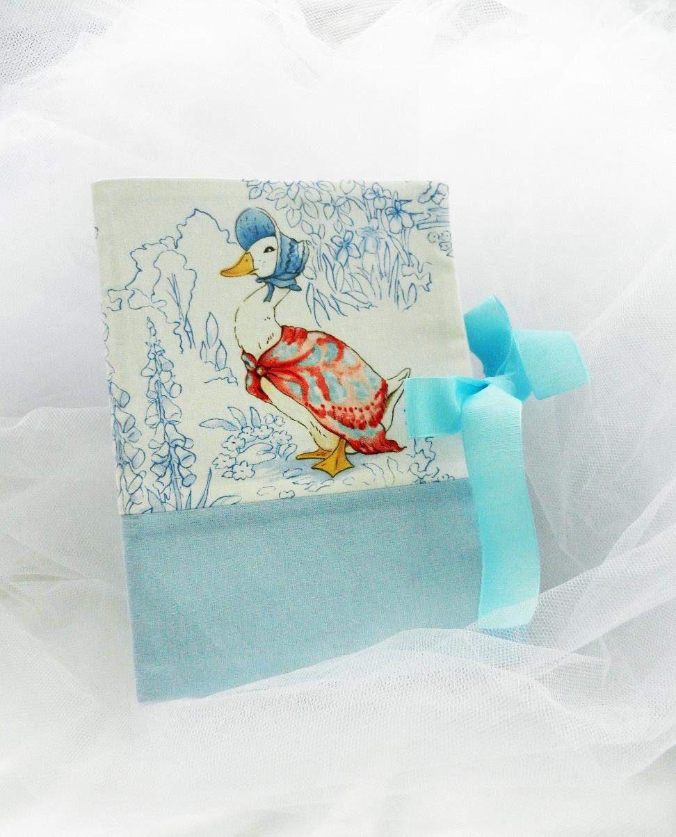 Duchesse or ange doaa 45 protege carnet de sante beatrix potter a
