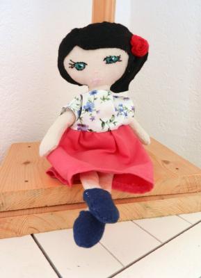 Small black haired Mistinguette rag doll