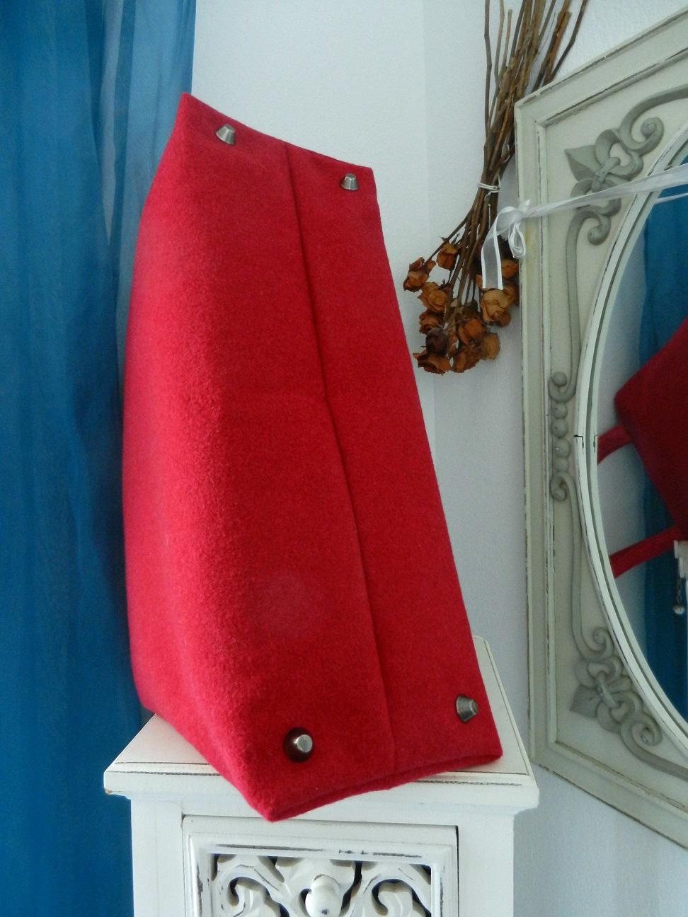 Duchesse or ange doas 10 sac charline rouge duveteux et satine c