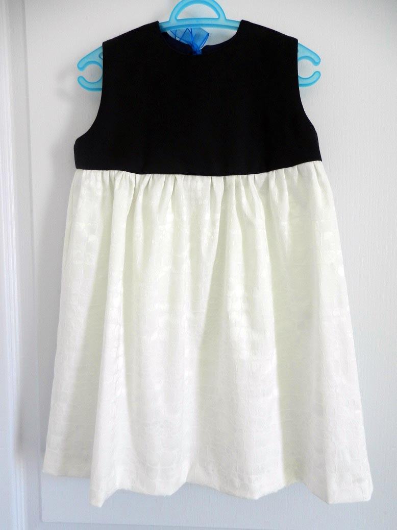 Duchesse or ange robe pacifique enfant fille blanche marine dress girl navy white a