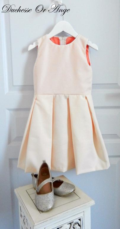 Powder pink sleeveless dress with flat pleats - 6 years old