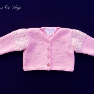 Doa 124 a gilet bebe tricot rose pink baby knit cardigan