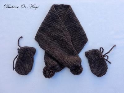 Knitted brown scarf and mittens - 6 months old