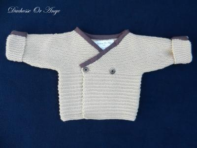 Beige knitted cardigan with burgundy neckline - 3 months old