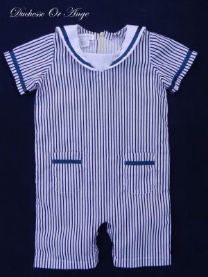 Combinaison short à rayures marine et blanc - 18 mois