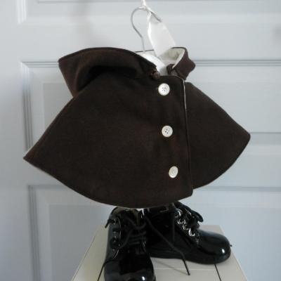 Mini cape avec capuche marron chocolat - 18 mois