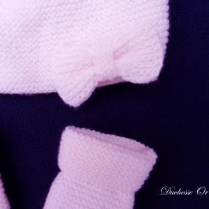 Doa 95 b bonnet et moufles rose poudre 1